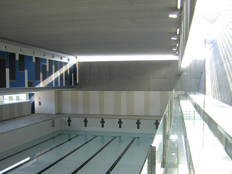 piscina cubierta climatizada en mar n construcciones